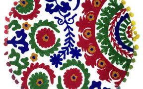کاور کوسن دست دوز سوزنی هندی گرد طرح مینا : زمینه سفید