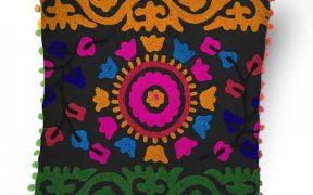 کاور کوسن دست دوز سوزنی هندی طرح پیچک : زمینه خاکستری