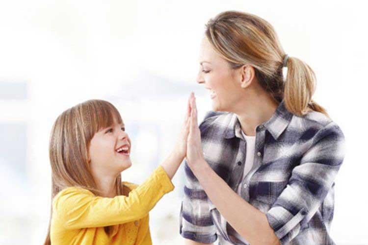 چگونه با کودک لجباز کنار بیاییم؟