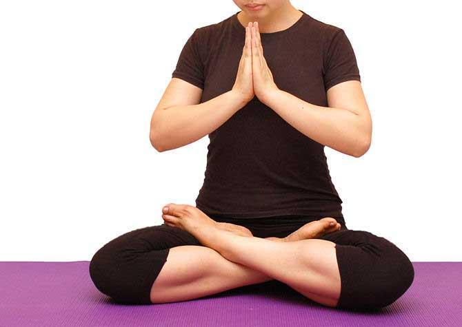 یوگا آسانا چیست؟